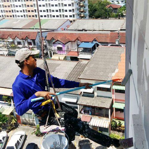 งานโรยตัวซ่อมรอยร้าวอาคาร ด้วยวัสดุพียู ซีลแลนท์ (PU sealant)