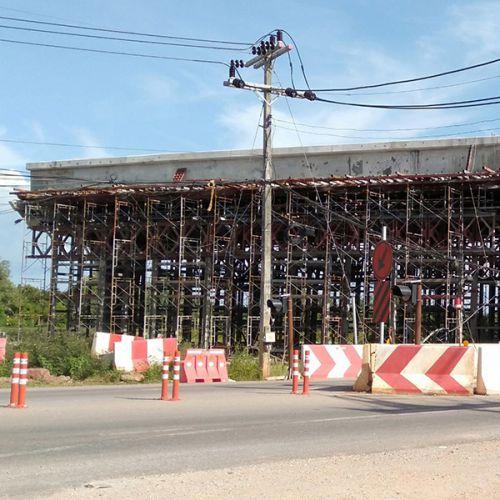 งานซ่อมรอยร้าวคานสะพานโพสเทนชั่น ด้วยวิธีอีพ็อกซี่อินเจ็คชั่น โครงการสะพานข้ามทางรถไฟจังหวัดสุราษฎร์ธานี
